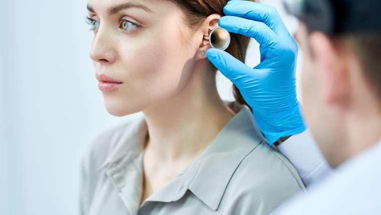 Comment soigner les acouphènes avec l'ostéopathie