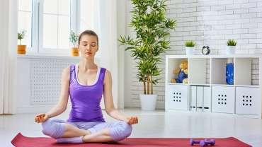 Les meilleurs exercices de yoga à faire chez soi