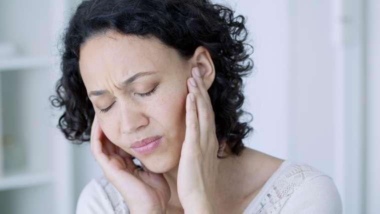L'ostéopathie est-elle efficace pour traiter les acouphènes ?